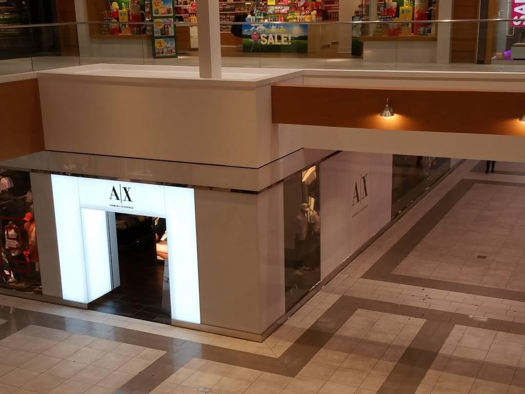 A|X Armani Exchange - clothing store  | Photo 2 of 7 | Address: 1400 Willowbrook Mall Space 1840, Wayne, NJ 07470, USA | Phone: (973) 237-0244