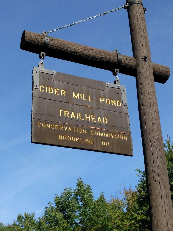 Cider Mill Pond Trailhead - park    Photo 5 of 10   Address: 03033, Brookline, NH 03033, USA