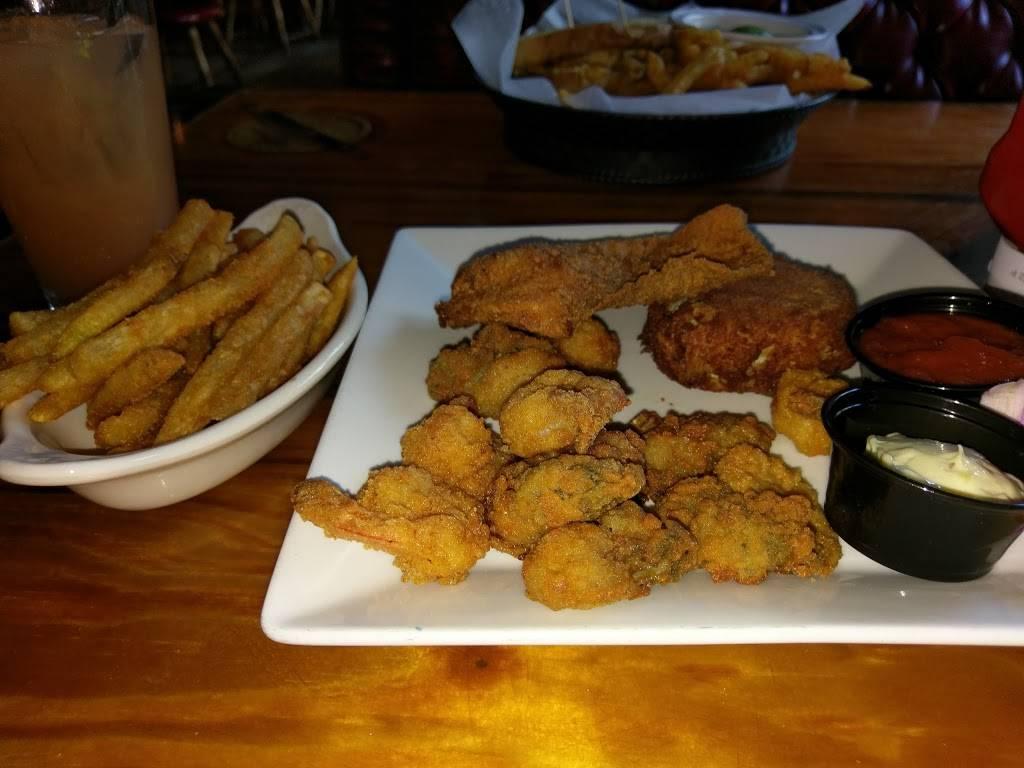 Nautilus - restaurant  | Photo 9 of 10 | Address: 3208 Atlantic Ave, Virginia Beach, VA 23451, USA | Phone: (757) 425-0444