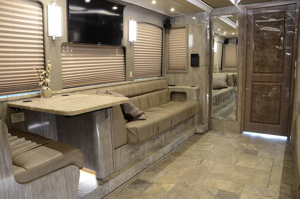 Staley Bus Sales - car dealer  | Photo 4 of 10 | Address: 933 A E Old Hickory Blvd, Madison, TN 37115, USA | Phone: (615) 860-9485