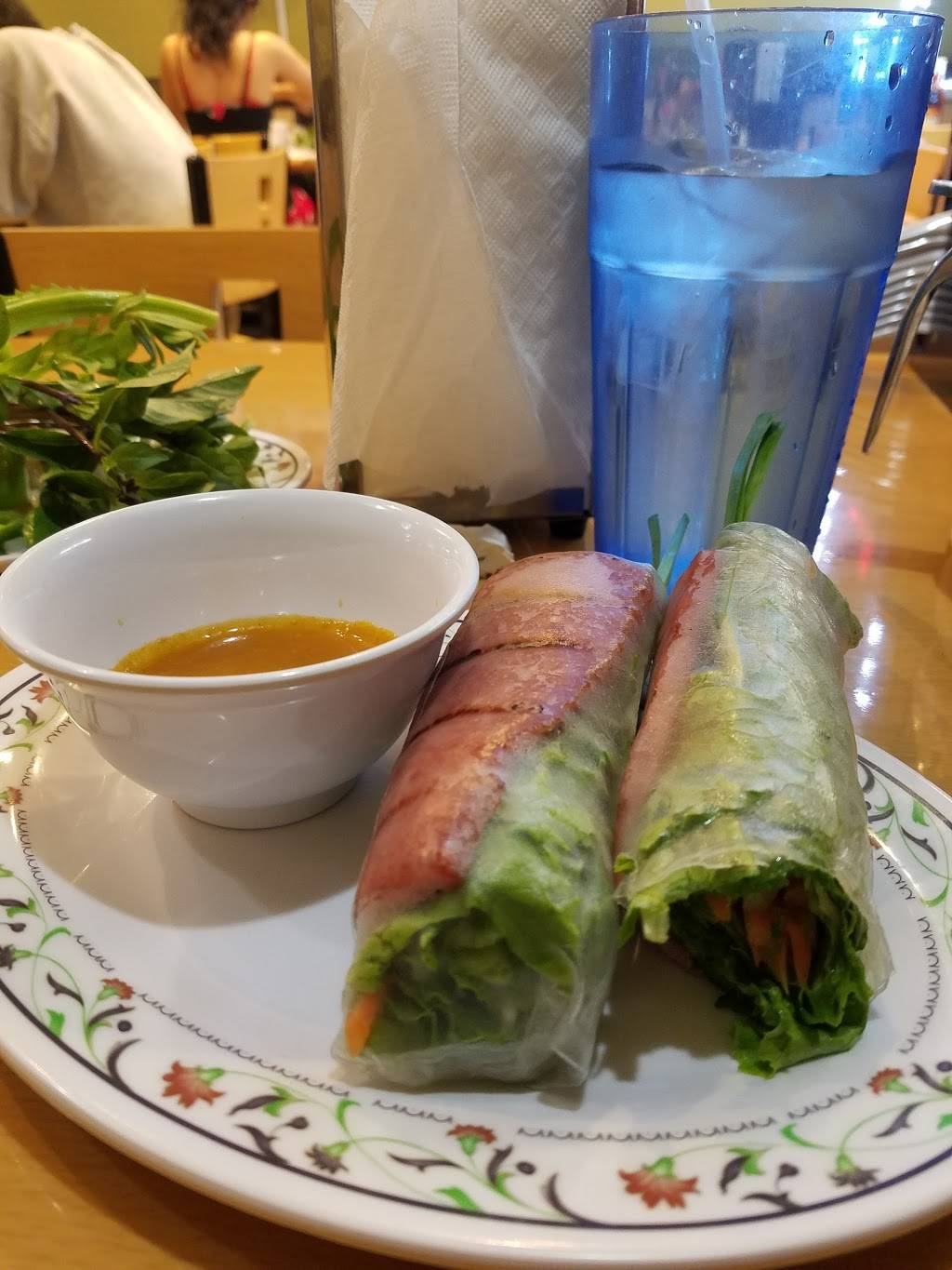 Pho Cuong - restaurant  | Photo 5 of 10 | Address: 11080 S Magnolia St, Garden Grove, CA 92841, USA | Phone: (657) 233-5700