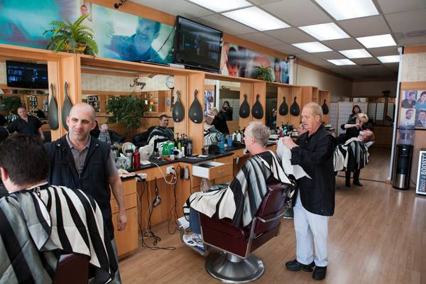 Shaw Butte Barber Shop - hair care  | Photo 1 of 6 | Address: 13240 N 7th St, Phoenix, AZ 85022, USA | Phone: (602) 863-9042