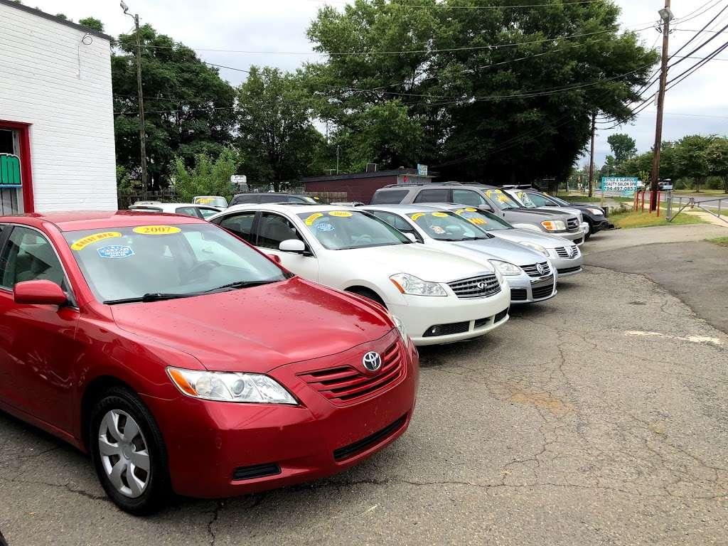 Sunset Auto - car dealer  | Photo 9 of 10 | Address: 6623 Old Statesville Rd, Charlotte, NC 28269, USA | Phone: (704) 597-0149