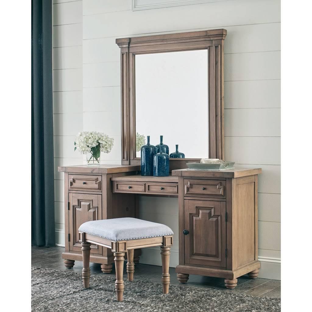 La Tapatia Funiture Store - furniture store  | Photo 2 of 5 | Address: 8806 Sierra Ave, Fontana, CA 92335, USA | Phone: (909) 600-7183