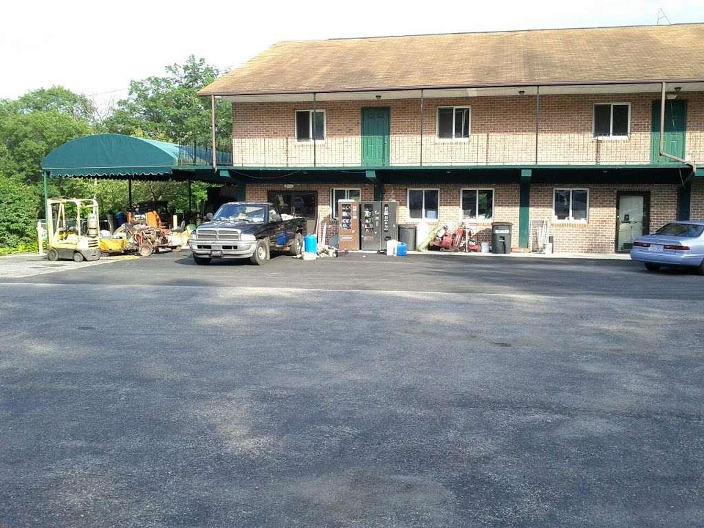 EconoStay Inn - lodging  | Photo 7 of 10 | Address: 209 Kestrel Dr, Mt Pocono, PA 18344, USA | Phone: (570) 243-4600