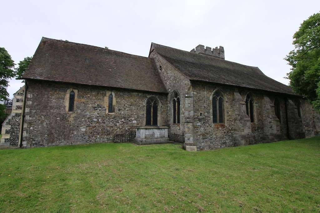 All Saints Church - church  | Photo 2 of 5 | Address: 48 Mill St, Snodland ME6 5AT, UK | Phone: 01634 240232