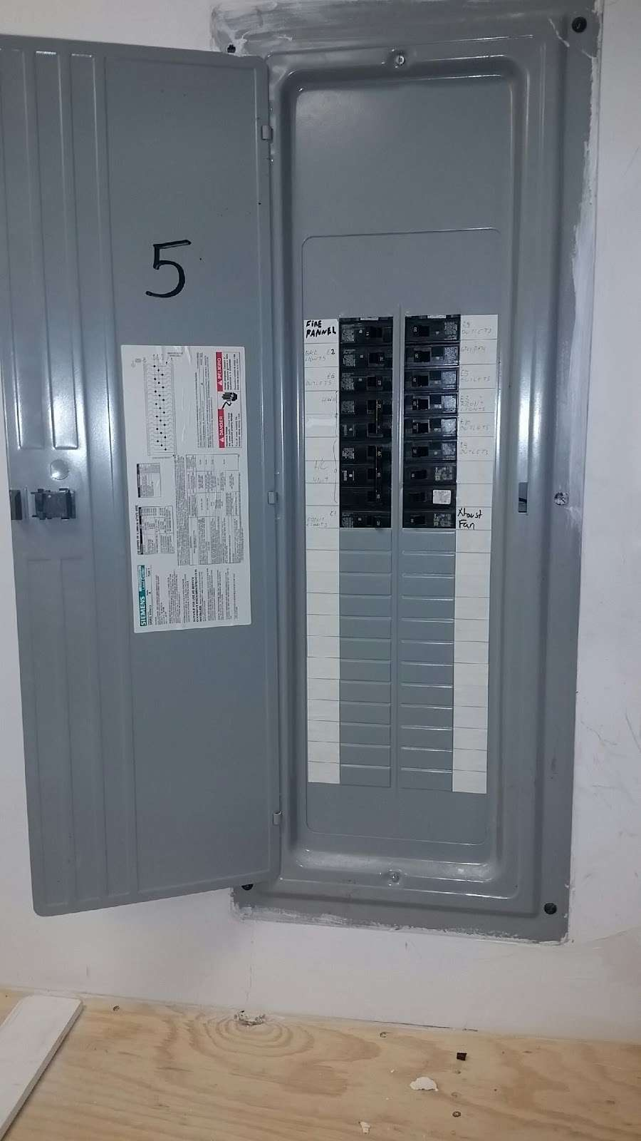 Haddad Electric LLC - electrician  | Photo 10 of 10 | Address: 300 Washington Ave #5, Carlstadt, NJ 07072, USA | Phone: (201) 438-4242