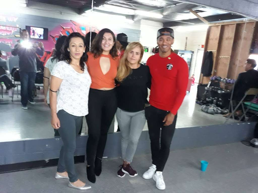 USA Center Healthy And Fit - gym  | Photo 4 of 4 | Address: 11015 Lower Azusa Rd, El Monte, CA 91731, USA | Phone: (626) 478-9727