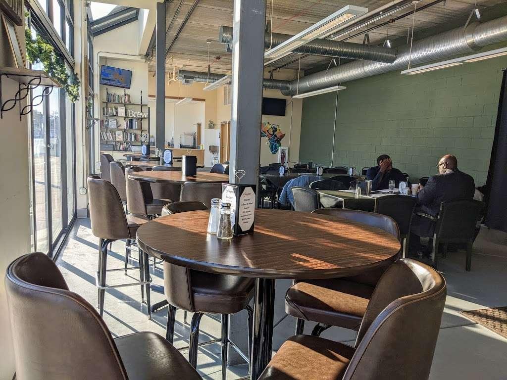 Rise & Grind Cafe - cafe  | Photo 5 of 10 | Address: 2737 N Doctor M.L.K. Jr Dr, Milwaukee, WI 53212, USA | Phone: (414) 249-3846