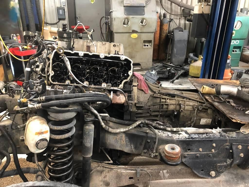 Midwest Turbo and Diesel Service - car repair    Photo 3 of 10   Address: 4510 Merriam Dr, Shawnee, KS 66203, USA   Phone: (913) 432-2202