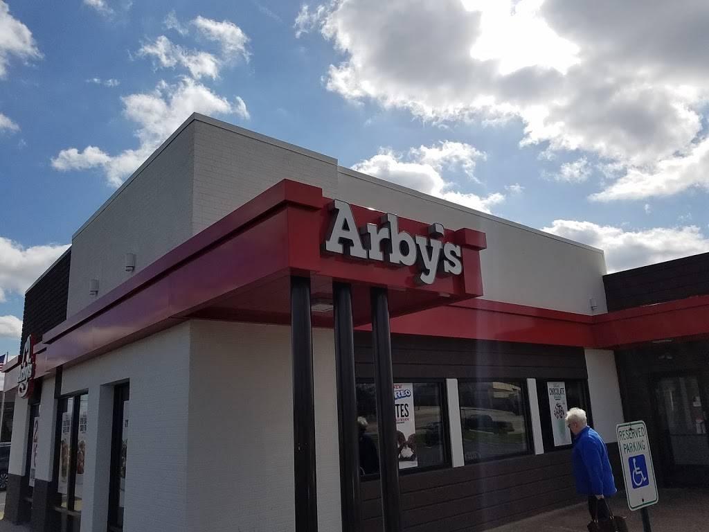 Arbys - meal takeaway  | Photo 1 of 10 | Address: 11488 Preston Hwy, Louisville, KY 40229, USA | Phone: (502) 968-9688