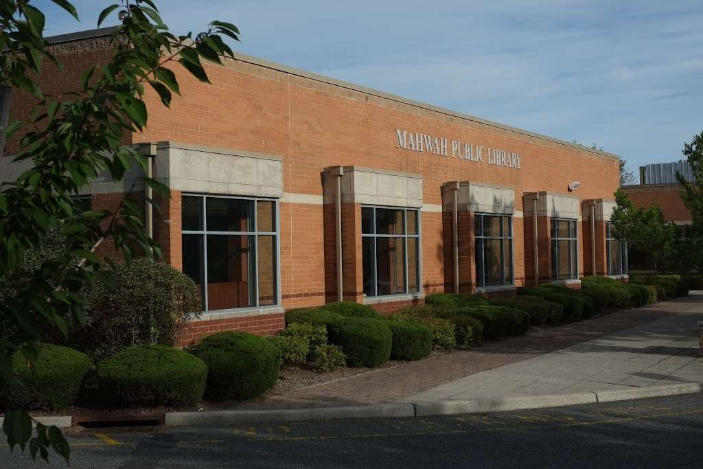 Mahwah Public Library - library  | Photo 5 of 8 | Address: 100 Ridge Rd, Mahwah, NJ 07430, USA | Phone: (201) 529-7323