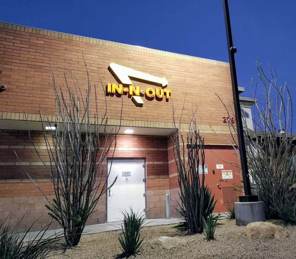 In-N-Out Burger - restaurant  | Photo 5 of 9 | Address: 2790 W Chandler Blvd, Chandler, AZ 85224, USA | Phone: (800) 786-1000