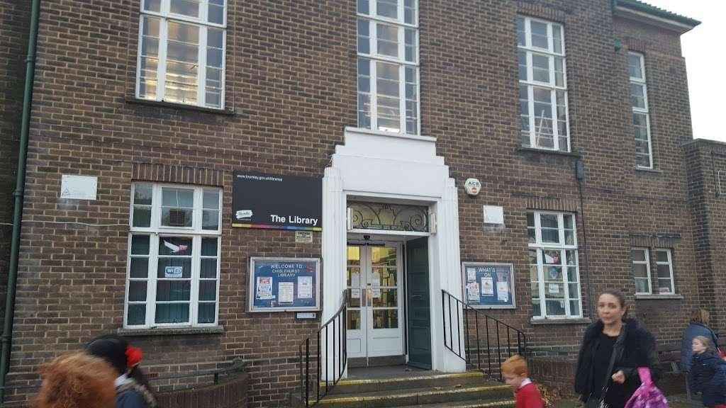 Chislehurst Library - library    Photo 1 of 1   Address: Red Hill, Chislehurst BR7 6DA, UK   Phone: 020 8467 1318
