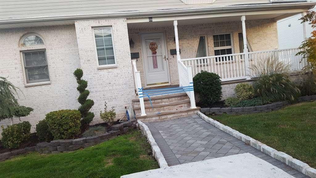 Schmidts Woods Park - park    Photo 4 of 10   Address: Millridge Rd, Secaucus, NJ 07094, USA   Phone: (201) 330-2078