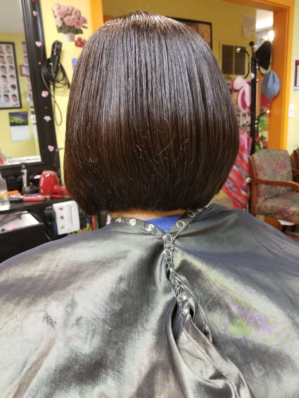 Artistica Wave - hair care  | Photo 5 of 10 | Address: 1317 N Seminary Ave, Woodstock, IL 60098, USA | Phone: (815) 206-4906