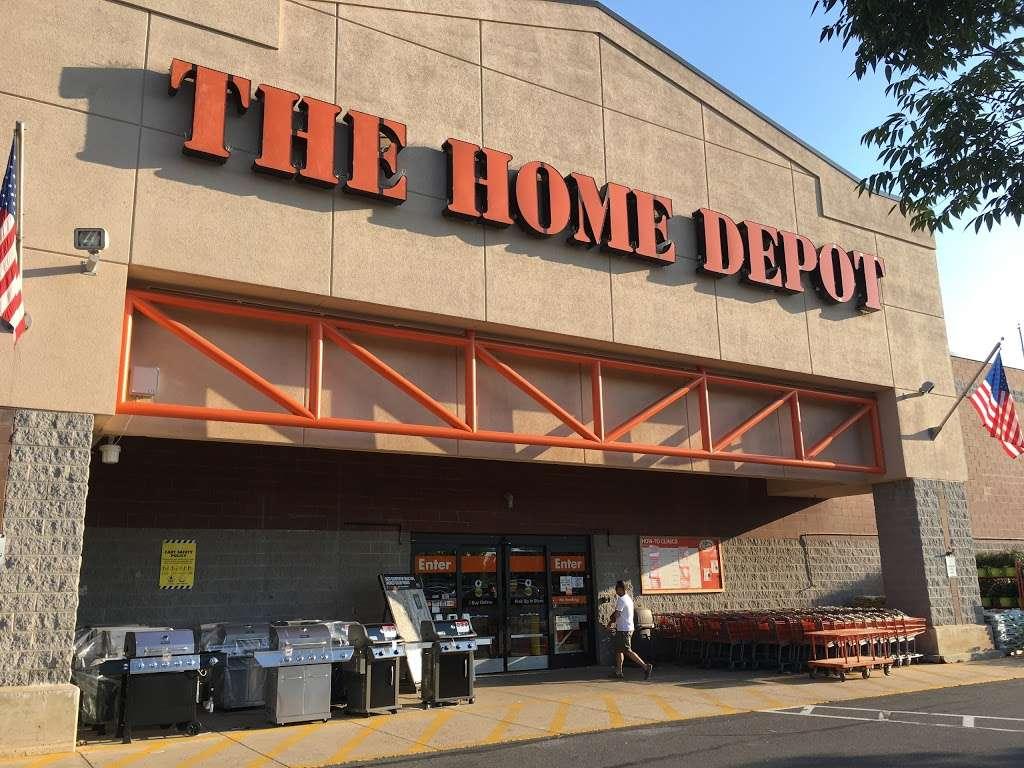 The Home Depot - furniture store  | Photo 3 of 10 | Address: 12275 Price Club Plaza, Fairfax, VA 22030, USA | Phone: (703) 266-9800