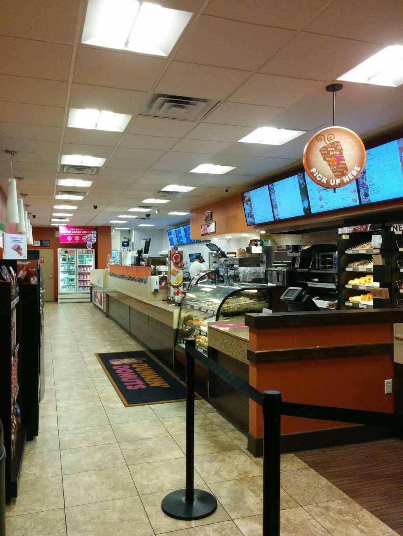 Dunkin - bakery  | Photo 3 of 10 | Address: 8347 Parsons Blvd, Jamaica, NY 11432, USA | Phone: (718) 526-9690