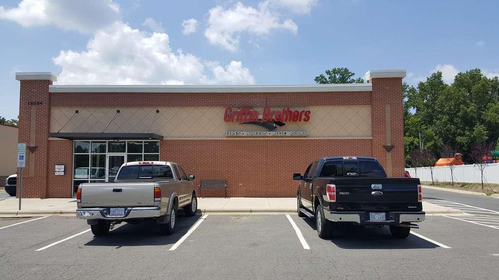 Mavis Discount Tire - car repair  | Photo 4 of 10 | Address: 15054 Idlewild Rd, Matthews, NC 28104, USA | Phone: (980) 290-5118