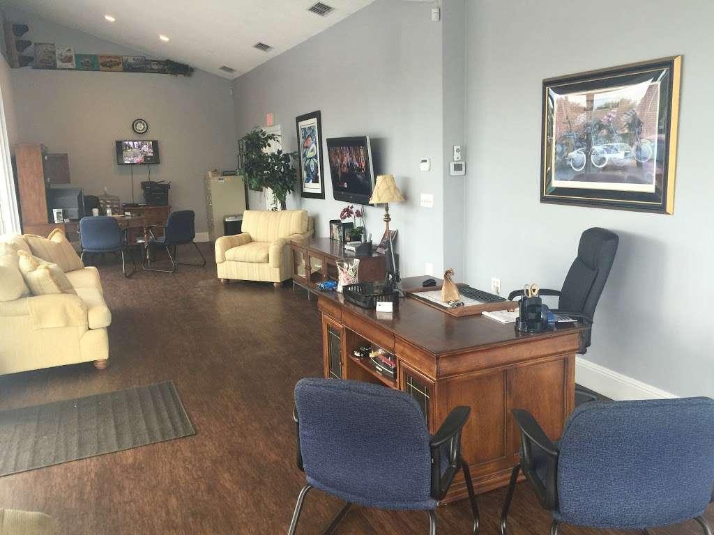 H & P Automotive - car dealer  | Photo 8 of 9 | Address: 1520 S 14th St, Leesburg, FL 34748, USA | Phone: (352) 431-3412