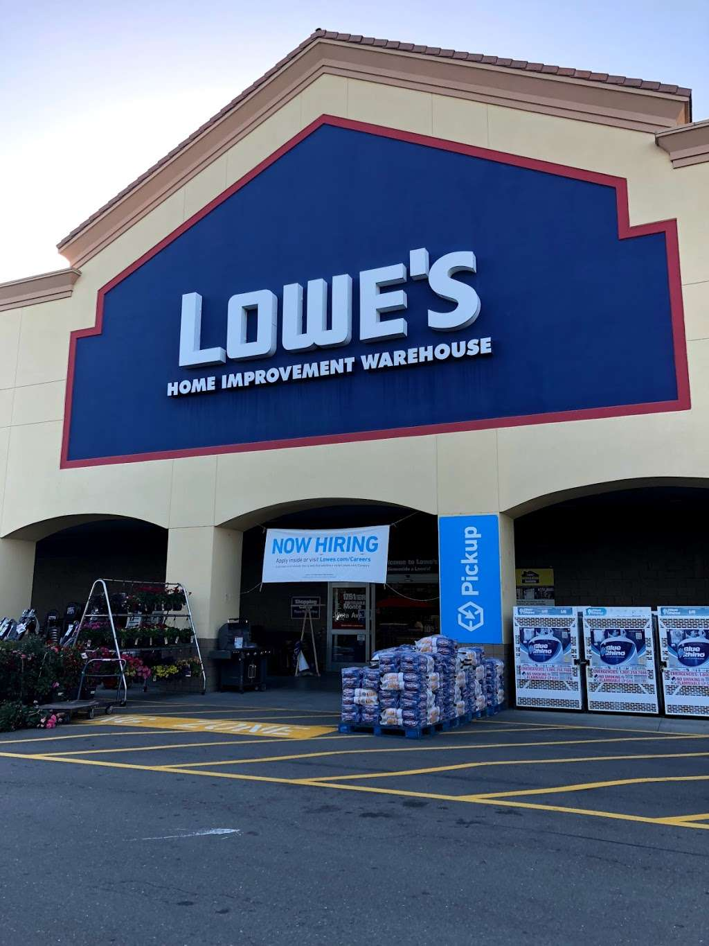 Lowes Home Improvement - hardware store  | Photo 3 of 9 | Address: 1751 E Monte Vista Ave, Vacaville, CA 95688, USA | Phone: (707) 455-4400