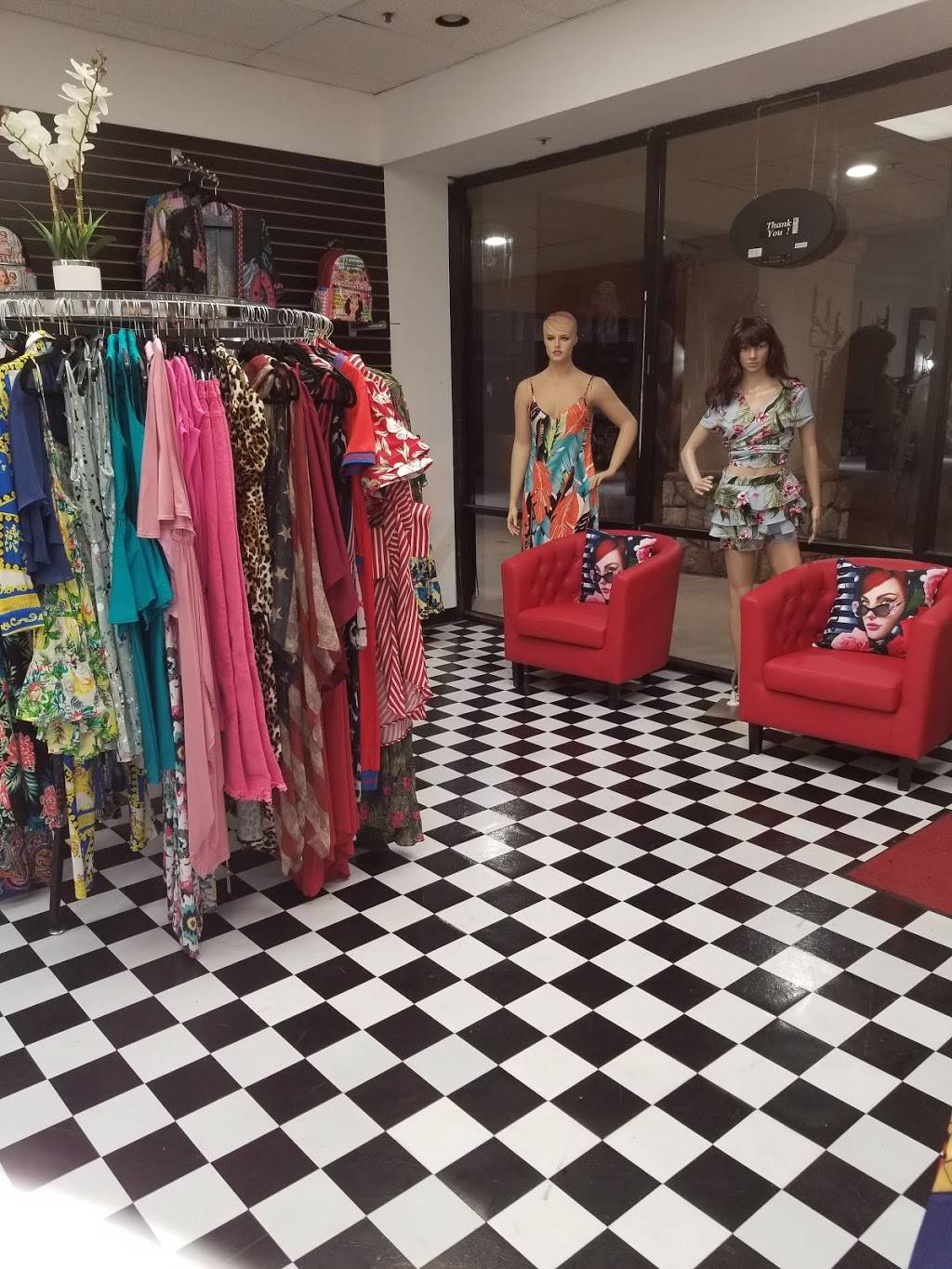 Step N Out Hair Salon and Clothing Boutique - hair care  | Photo 3 of 5 | Address: 2990 N Alma School Rd, Chandler, AZ 85224, USA | Phone: (313) 221-4933