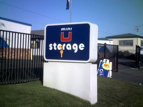 Mini U Storage - storage  | Photo 9 of 10 | Address: 3546 W New Haven Ave, Melbourne, FL 32904, USA | Phone: (321) 725-9926