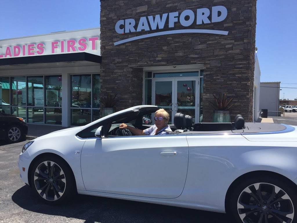 Crawford Ladies First - car dealer  | Photo 8 of 10 | Address: 6800 Montana Ave, El Paso, TX 79925, USA | Phone: (915) 774-9100