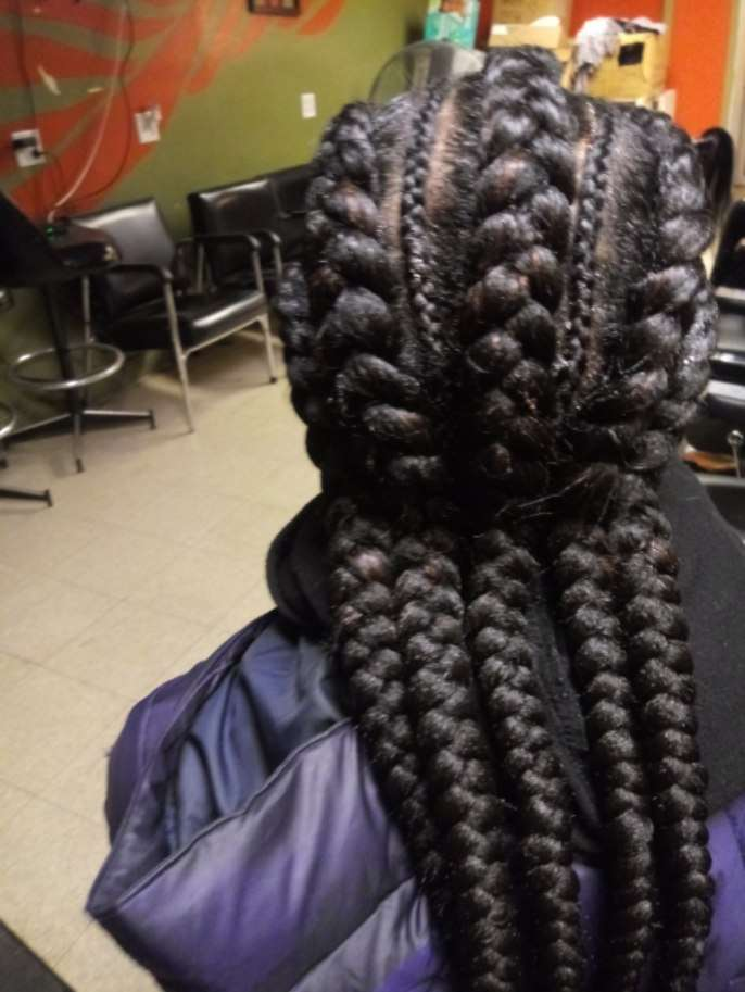 Manoro's African Hair Braiding - hair care  | Photo 2 of 10 | Address: 6454 S Cottage Grove Ave, Chicago, IL 60637, USA | Phone: (773) 667-8886
