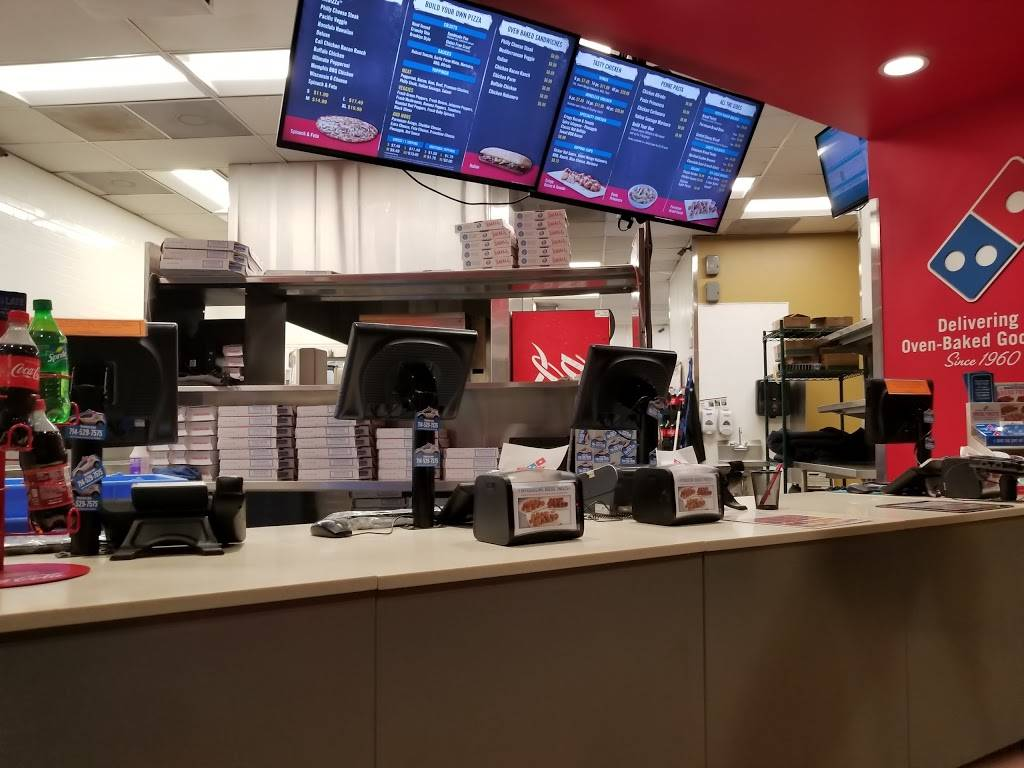 Dominos Pizza - meal delivery  | Photo 4 of 10 | Address: 103 W Central Ave Ste A, Brea, CA 92821, USA | Phone: (714) 529-7575