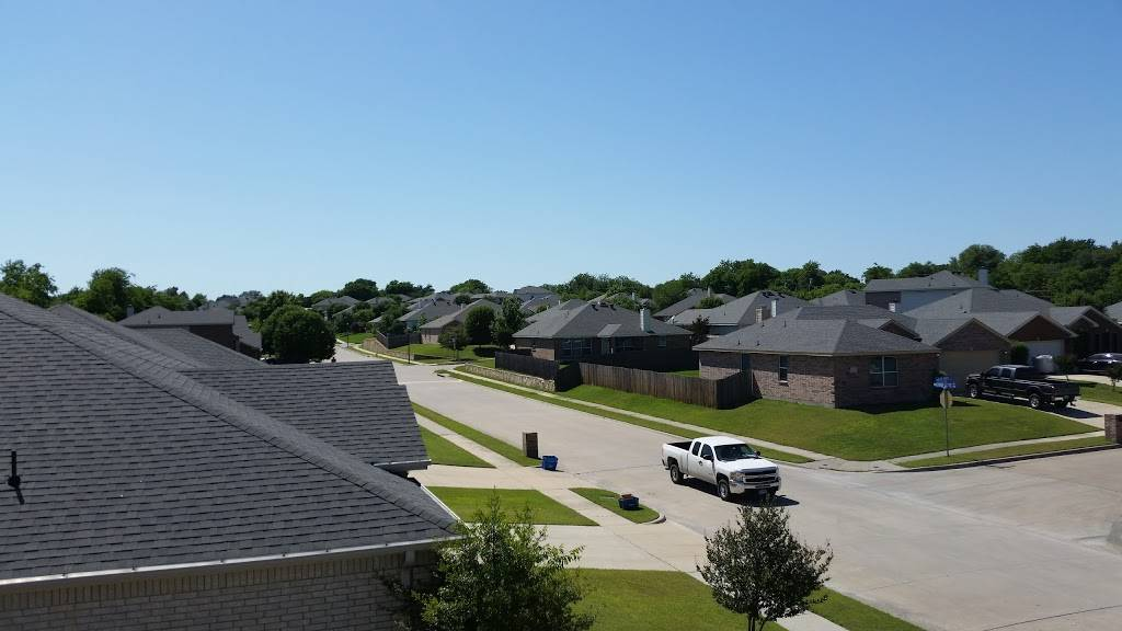 Duo Contractors,LLC - roofing contractor  | Photo 1 of 2 | Address: 4330 W Vickery Blvd, Fort Worth, TX 76107, USA | Phone: (817) 476-0386