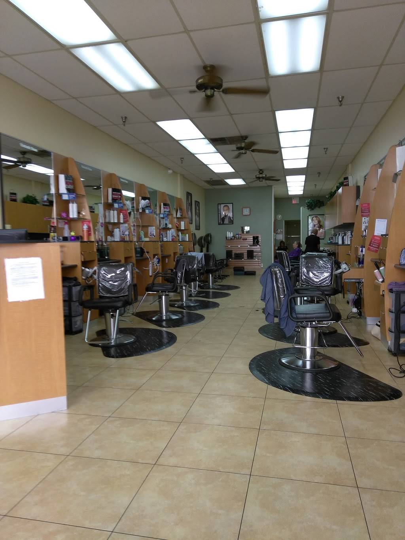 Fantastic Sams Cut & Color - hair care  | Photo 3 of 8 | Address: 11736 E M.L.K. Jr Blvd FL 574, Seffner, FL 33584, USA | Phone: (813) 654-2302