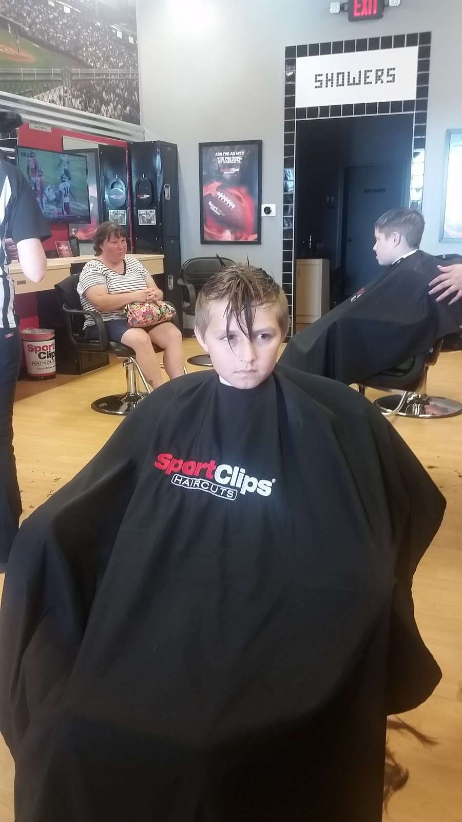 Sport Clips Haircuts of Alvin Center - hair care    Photo 6 of 7   Address: 252 N Bypass 35 Suite B, Alvin, TX 77511, USA   Phone: (281) 585-9600