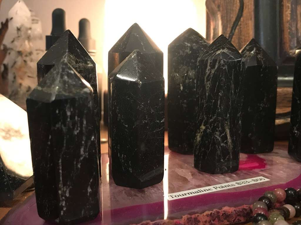Rubys House of Crystals - store  | Photo 9 of 10 | Address: 119 Columbia St, Brooklyn, NY 11231, USA | Phone: (347) 350-0050