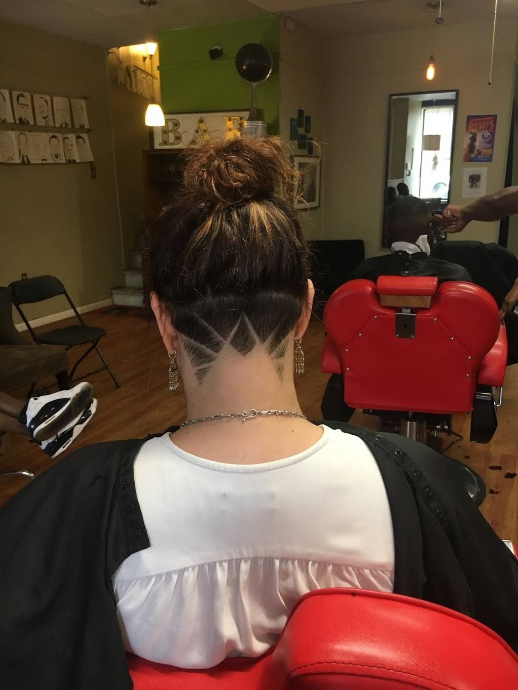 Society - hair care  | Photo 3 of 8 | Address: 503 Herron Ave, Pittsburgh, PA 15219, USA | Phone: (412) 475-9226