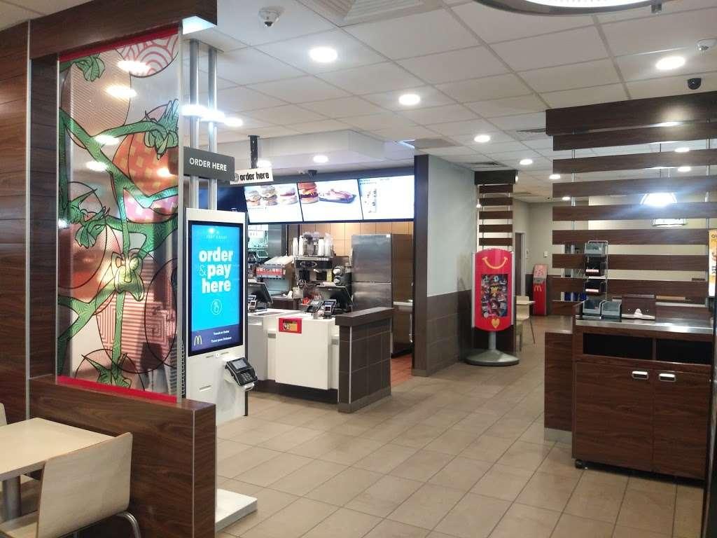 McDonalds - cafe  | Photo 6 of 10 | Address: 2475 Royal Ln, Dallas, TX 75229, USA | Phone: (972) 243-7833