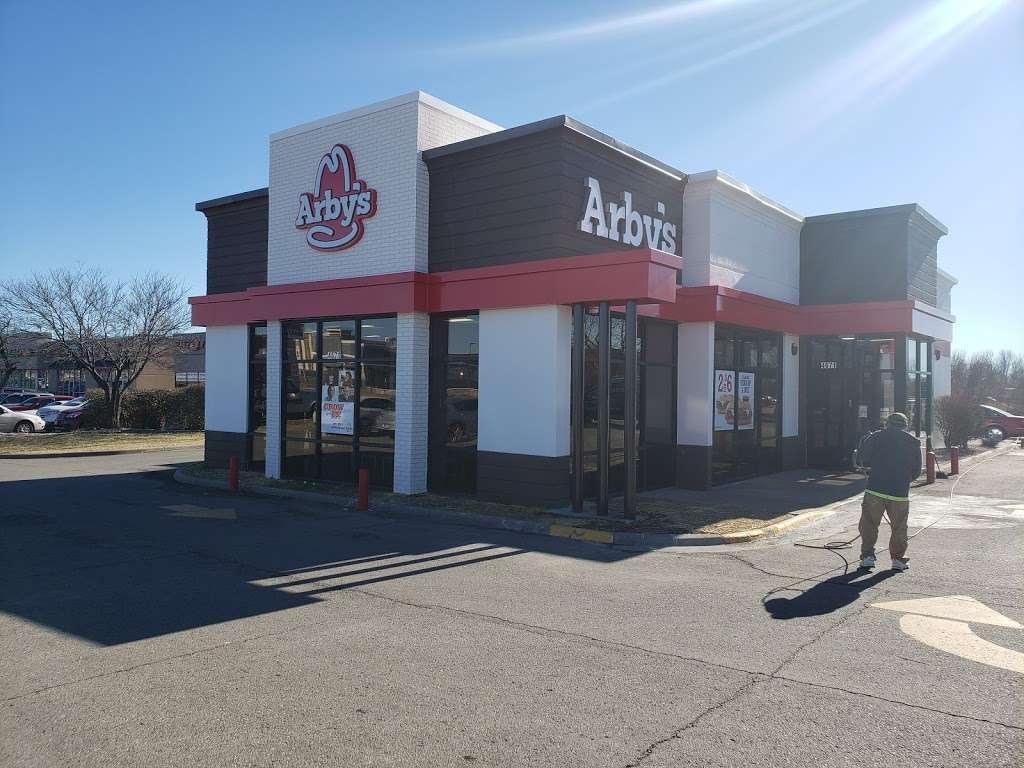 Arbys - restaurant  | Photo 3 of 10 | Address: 4671 W 6th St, Lawrence, KS 66049, USA | Phone: (785) 331-3153
