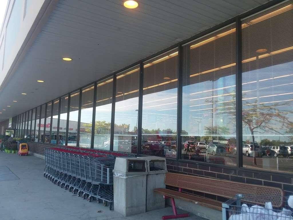 ACME Markets - store  | Photo 3 of 10 | Address: 321 NJ-440, Jersey City, NJ 07305, USA | Phone: (201) 946-2525