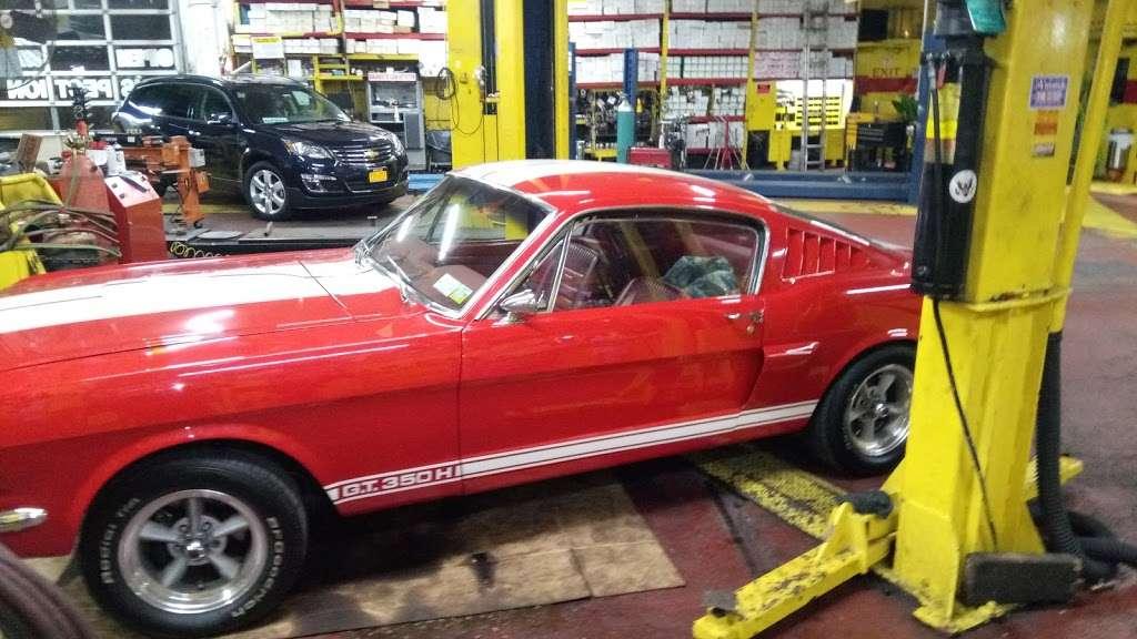 Bronx Discount Muffler Center - car repair  | Photo 7 of 10 | Address: 501 Bruckner Blvd, Bronx, NY 10455, USA | Phone: (718) 402-4422