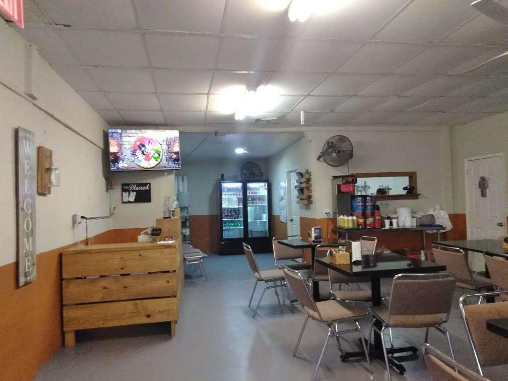 El Carbonero Pollos Asados - restaurant    Photo 8 of 10   Address: 619 S General McMullen Dr, San Antonio, TX 78237, USA   Phone: (210) 907-5573