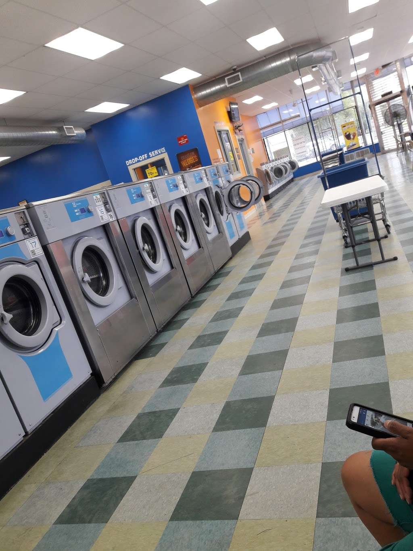 Truman Wash Tub - laundry  | Photo 1 of 10 | Address: 10215 E Truman Rd, Independence, MO 64052, USA | Phone: (816) 503-8593