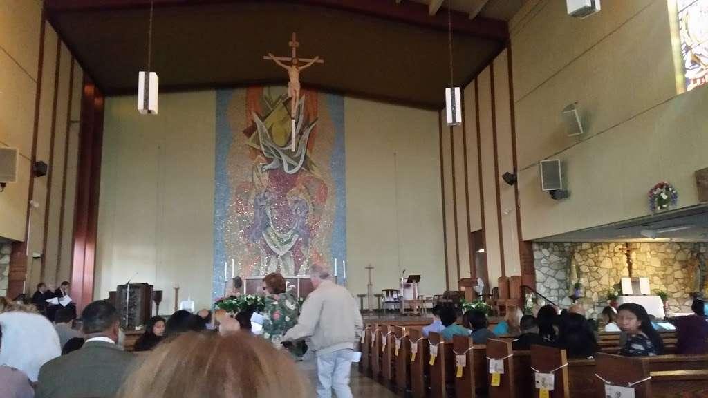 St. Catherine Laboure Church - church  | Photo 9 of 10 | Address: 3846 Redondo Beach Blvd, Torrance, CA 90504, USA | Phone: (310) 323-8900