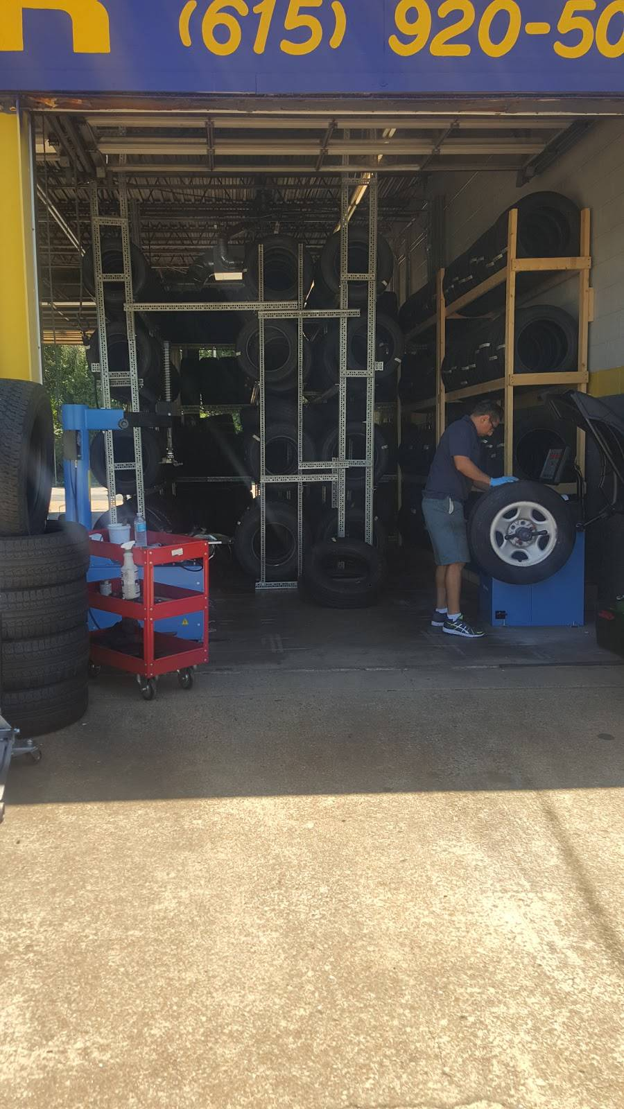 Best deal auto sales and service inc - car repair    Photo 2 of 6   Address: 811 Gallatin Pike S, Madison, TN 37115, USA   Phone: (615) 738-6049