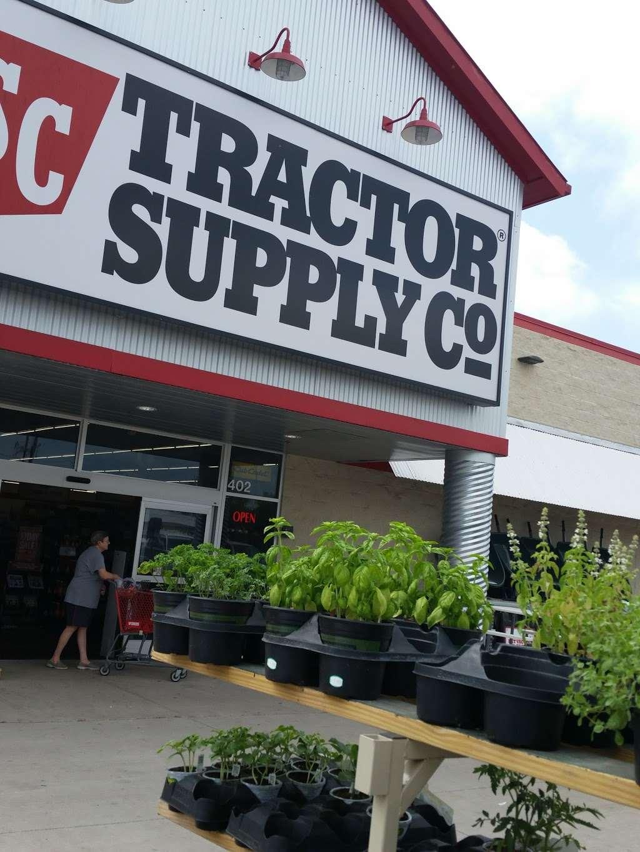 Tractor Supply Co. - hardware store  | Photo 4 of 10 | Address: 18567 Buddy Riley Blvd, Magnolia, TX 77354, USA | Phone: (281) 259-7158