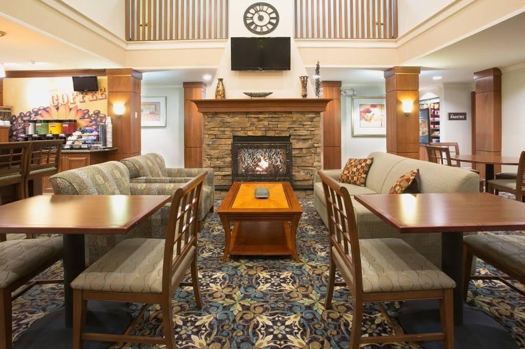 Staybridge Suites Lincoln I-80 - lodging  | Photo 7 of 9 | Address: 2701 Fletcher Ave, Lincoln, NE 68504, USA | Phone: (402) 438-7829