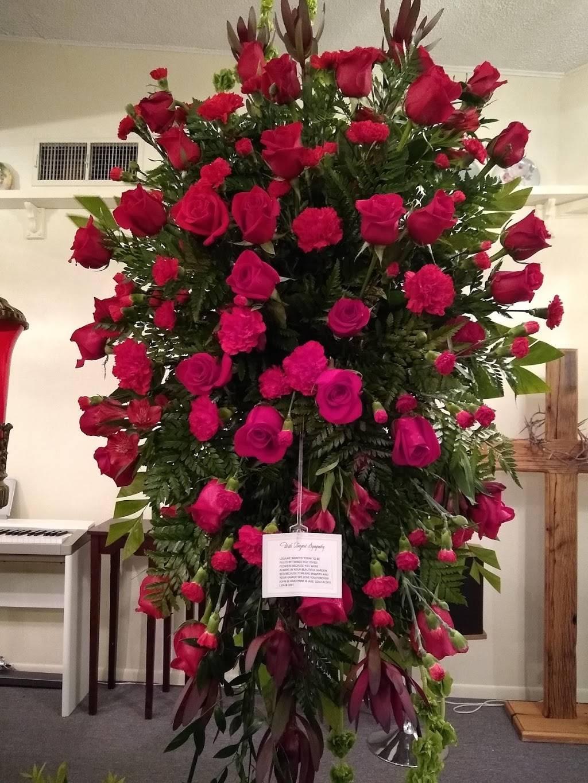 Flowers Unlimited - florist  | Photo 7 of 8 | Address: 5532 66th St N, St. Petersburg, FL 33709, USA | Phone: (727) 384-5900