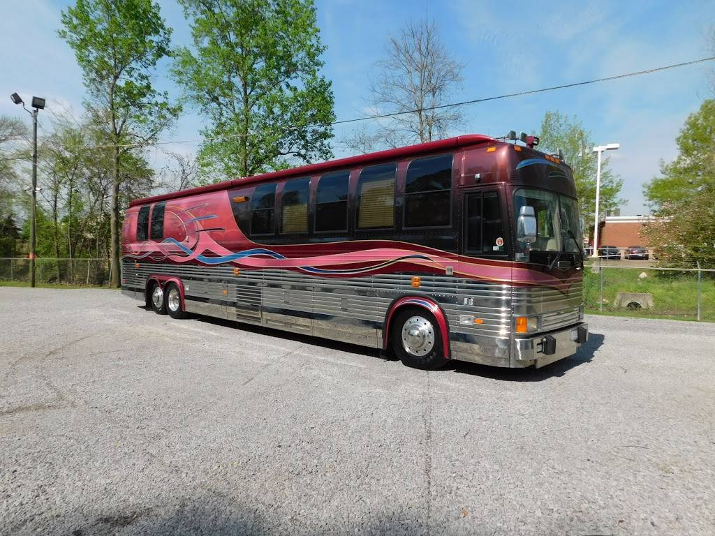 Staley Bus Sales - car dealer  | Photo 1 of 10 | Address: 933 A E Old Hickory Blvd, Madison, TN 37115, USA | Phone: (615) 860-9485