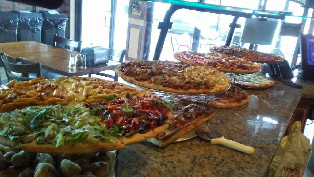 Master Pizza Carlstadt N.J. - meal delivery  | Photo 9 of 10 | Address: 401 Hackensack St, Carlstadt, NJ 07072, USA | Phone: (201) 903-0050