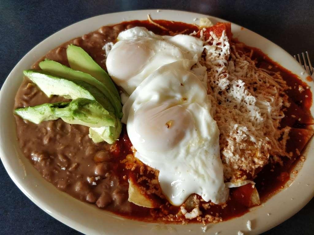 Pueblas Mexican Kitchen - restaurant  | Photo 2 of 10 | Address: 6320 N Main St, Houston, TX 77009, USA | Phone: (713) 426-9062