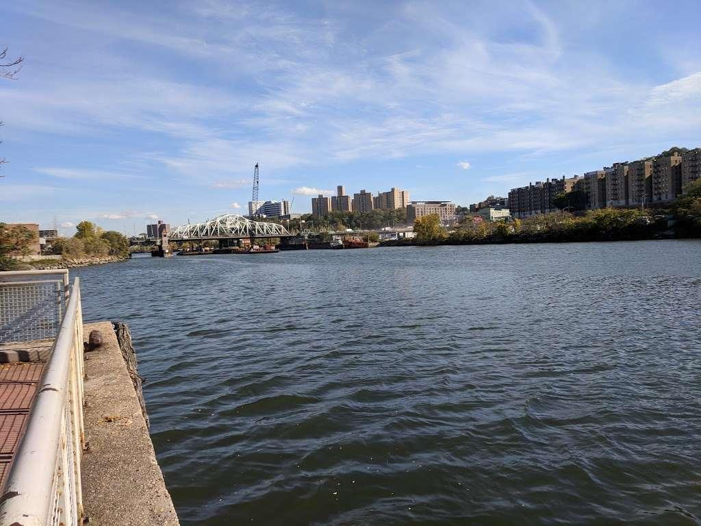 Sherman Creek Park - park  | Photo 2 of 10 | Address: 351 W 205th St, New York, NY 10034, USA
